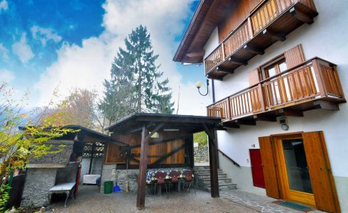 6375) Chalet Carolina, Commezzadura