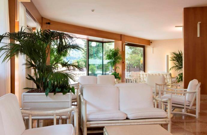 45383) Costabella Room c/o Poiano Resort, Garda