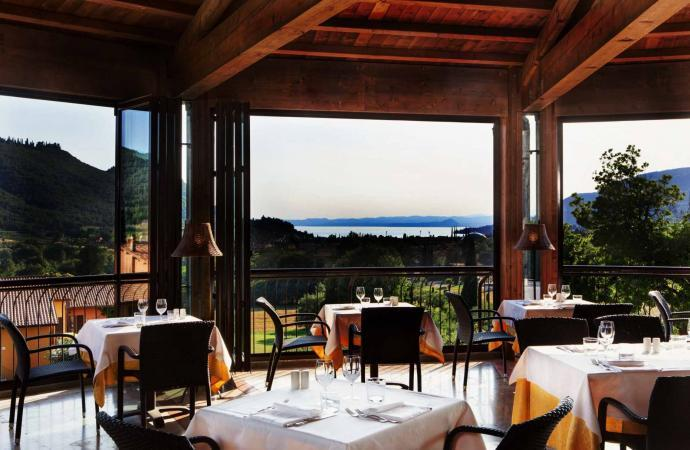 45385) Costabella Room c/o Poiano Resort, Garda