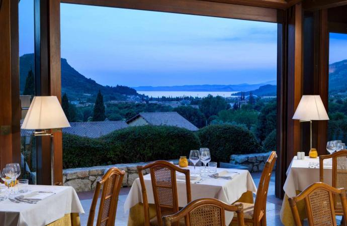 45386) Costabella Room c/o Poiano Resort, Garda