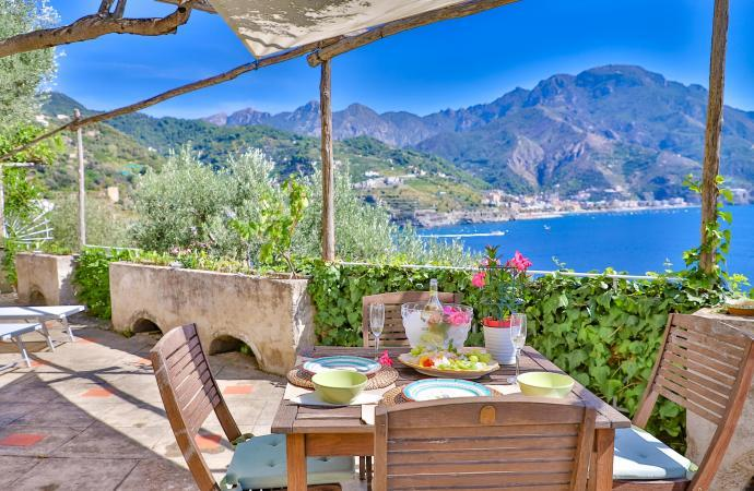 36725) Star Fish House , Ravello