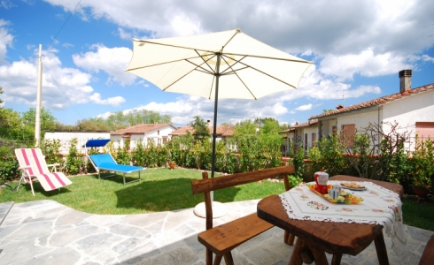 41415) siena holiday apartment monticiano casa chiara